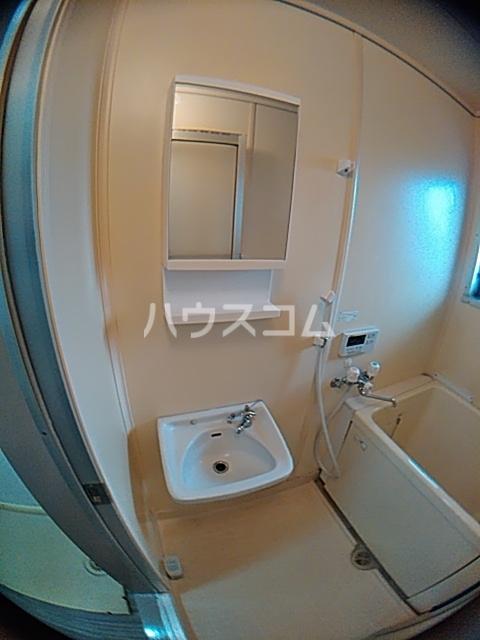 葉月ハイツA 203号室の風呂