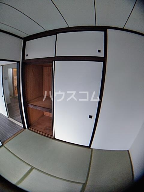 葉月ハイツA 203号室のバルコニー