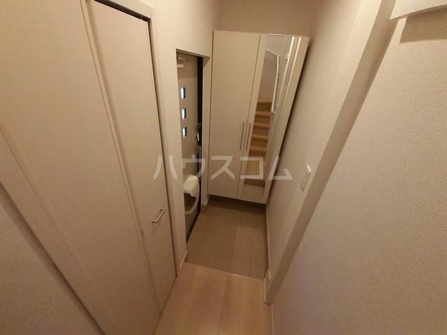 サン・トレイス 03040号室の玄関