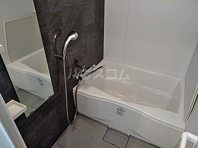 グレイスヴィラ阿部 2B号室の風呂