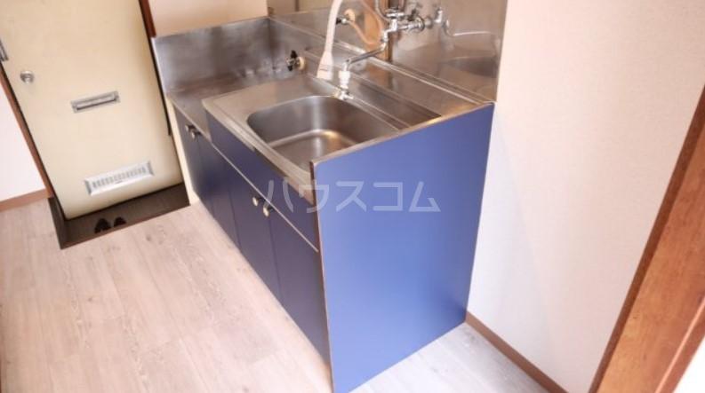 ベイルーム下倉田 1-C号室のキッチン