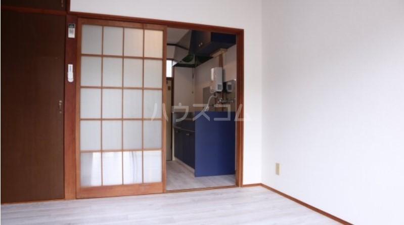 ベイルーム下倉田 1-C号室のリビング