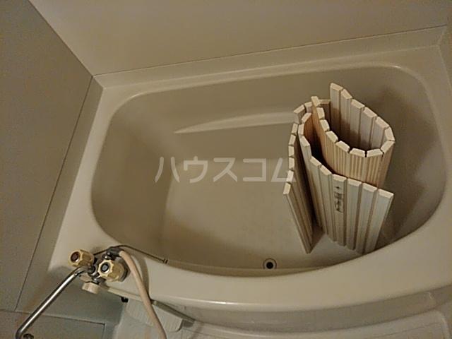 サンプラミー段町 202号室の風呂