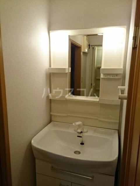 ビ・エトワール 01010号室の洗面所