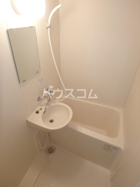パルミエ 104号室の風呂