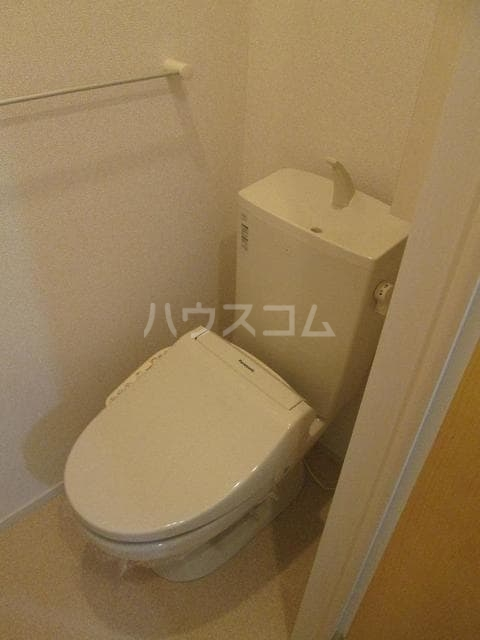 シャルム 01020号室のトイレ