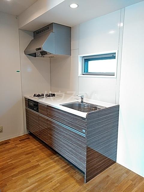 ミストラル 1-B号室のキッチン