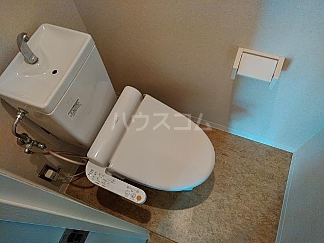 ミストラル 1-B号室のトイレ