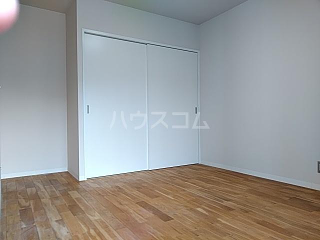 ミストラル 1-B号室のベッドルーム