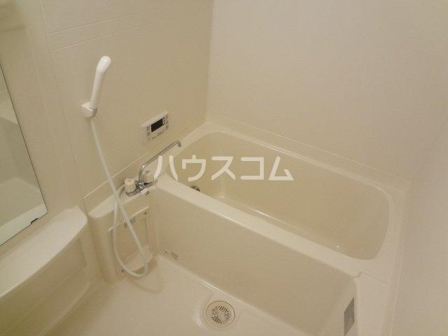 グレイスシャトー 203号室の風呂