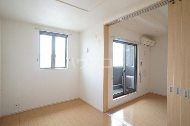 リュミエールレーヴE 02010号室のその他