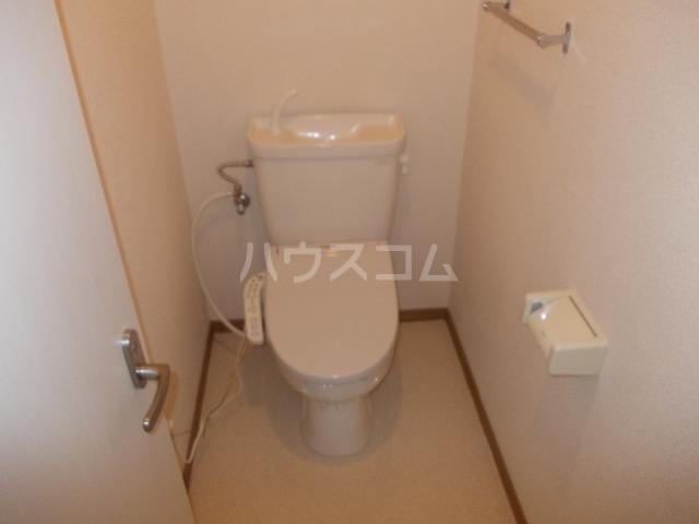 メゾン・ド・ビュー 03040号室のトイレ