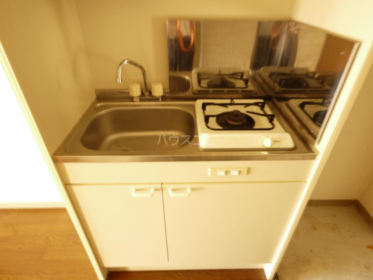 メゾン庄名2 305号室のキッチン