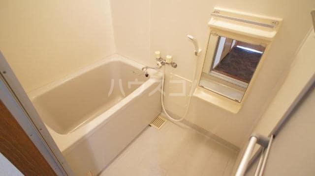 ドリームビレッジ2 02010号室の風呂