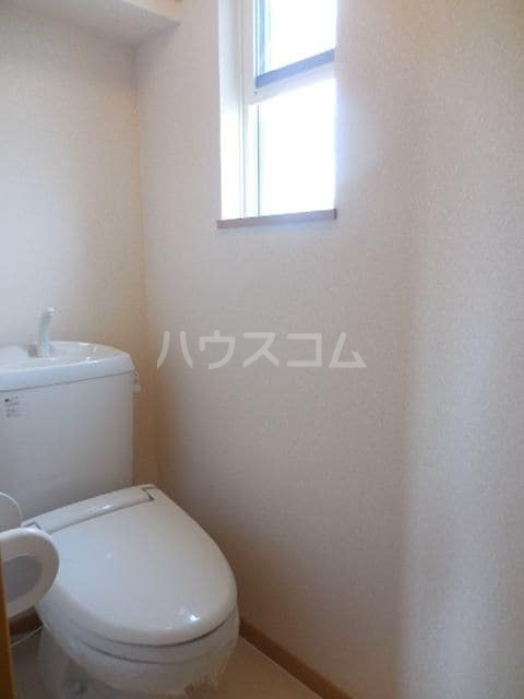 グレイスフル・B 02050号室のトイレ