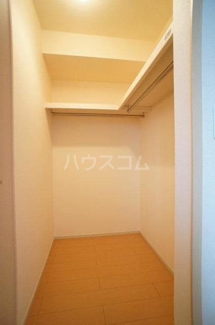 ブランネージュⅠ 02010号室の収納