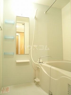 ブリーズA 01010号室の風呂