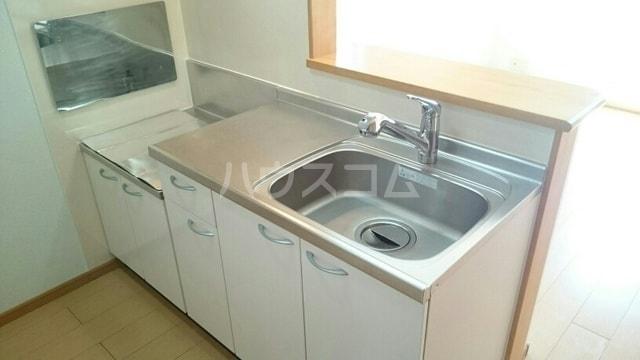 サンライズハウス 02010号室のキッチン