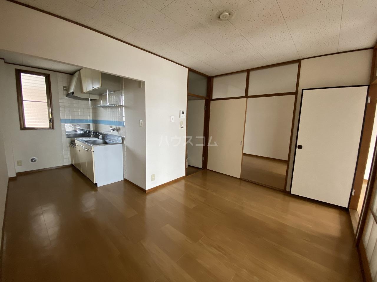 コーエーハイツ 03020号室のリビング