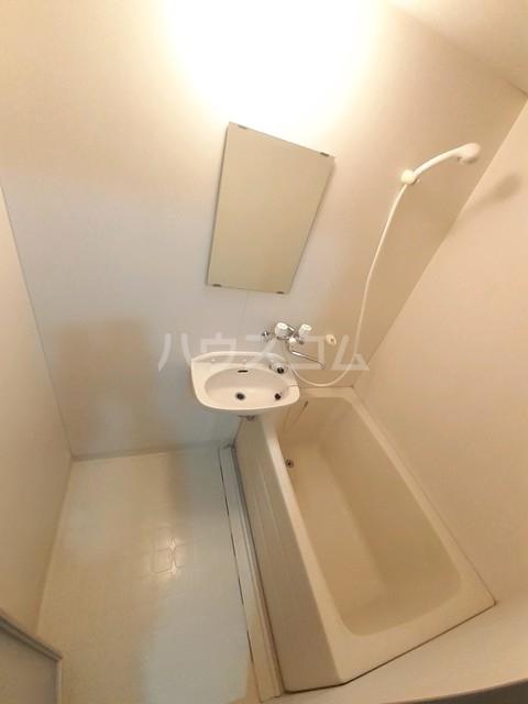 ドミールTT 01020号室の風呂