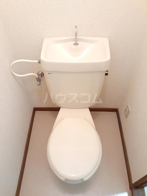 ドミールTT 01020号室のトイレ