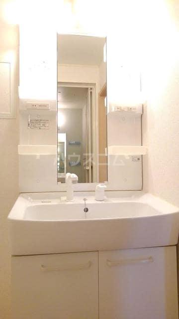 キラリ・トヨダ 02030号室の洗面所