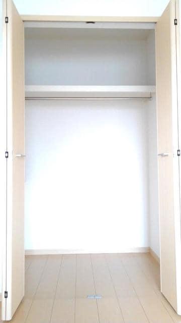 キラリ・トヨダ 02030号室の収納