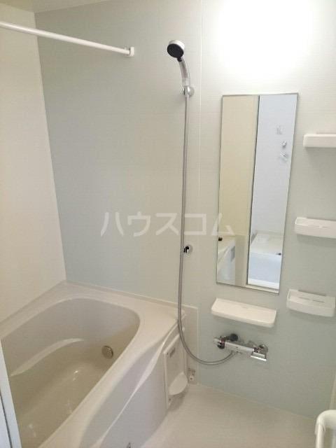 イースト グレイス A 01030号室の風呂