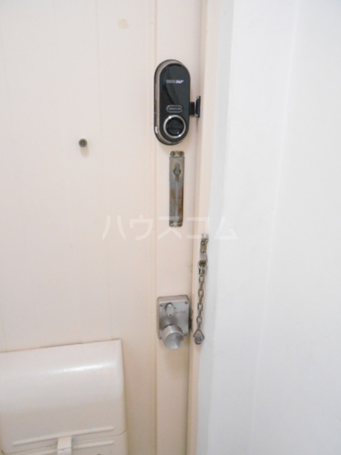 ユートピアハイツ 402号室のセキュリティ