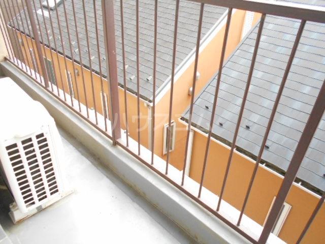ユートピアハイツ 402号室のバルコニー