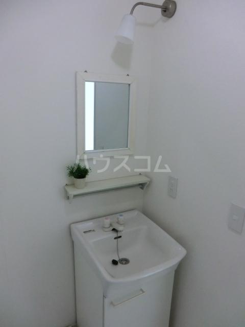 根木名パークサイドハウス 1号室の洗面所
