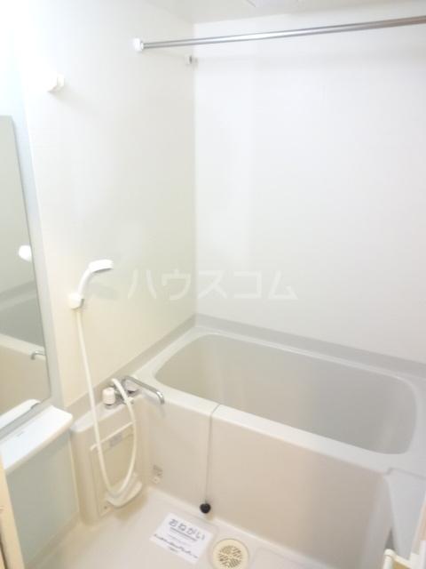 ランテマリオ アルバ 01010号室の風呂