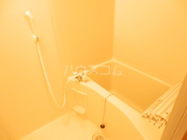 ベル・ヴィンテージ 203号室の風呂
