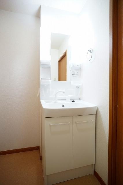 エステートⅡ 02040号室の洗面所