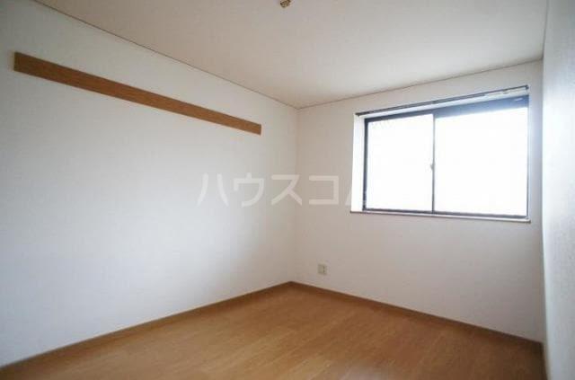 サニーハイツB 01020号室の居室