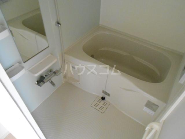 ウッドリバー 01010号室の風呂