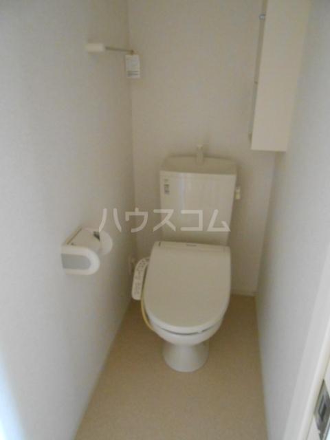 ウッドリバー 01010号室のトイレ