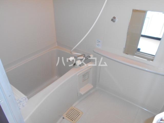 ハイツゆう 204号室の風呂
