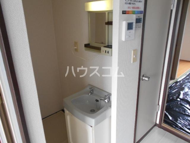 ハイツゆう 204号室の洗面所