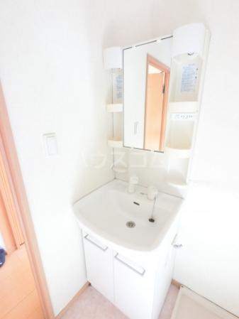 ウィル・ボナール A 102号室の洗面所
