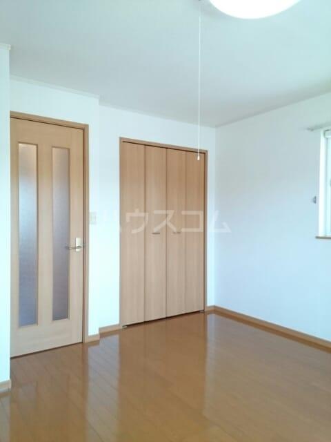 ラ・プラージュⅢ 02010号室のベッドルーム