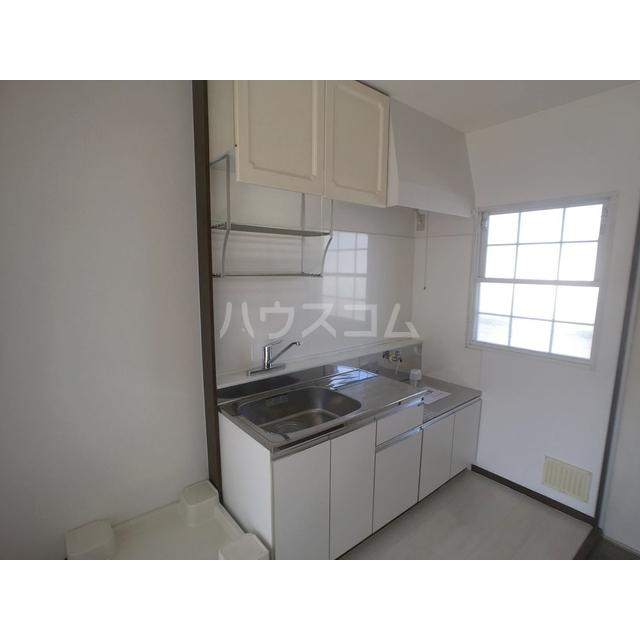 サンシティ江田A 205号室のキッチン