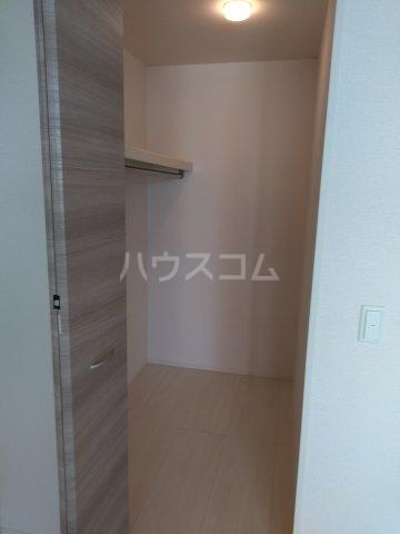 ロイヤルヒルズR 205号室の収納
