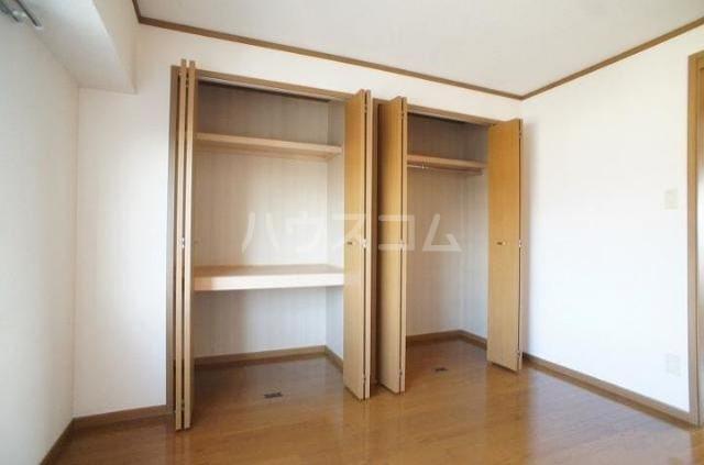 ドゥ・プランタンC 01010号室の収納