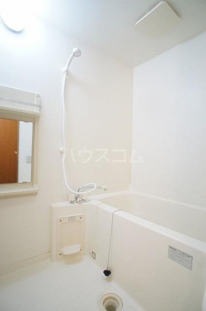 ドゥ・プランタンC 01010号室の風呂