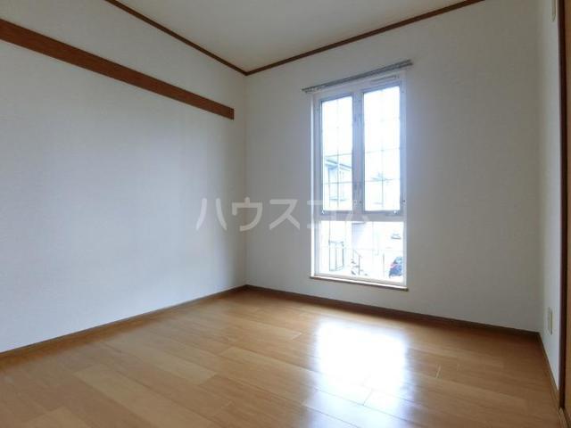 アビターレ 02010号室の居室