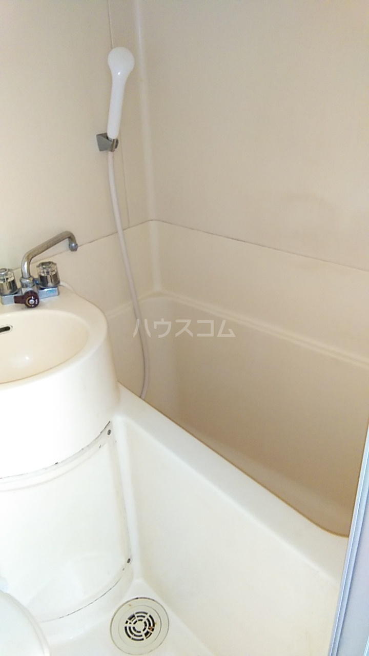 サザンノーブル上大岡 105号室の風呂