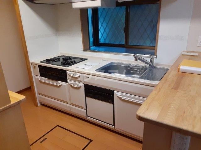 野毛3丁目貸家のキッチン