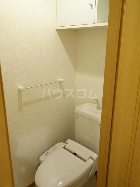ミストラルB 02040号室のトイレ