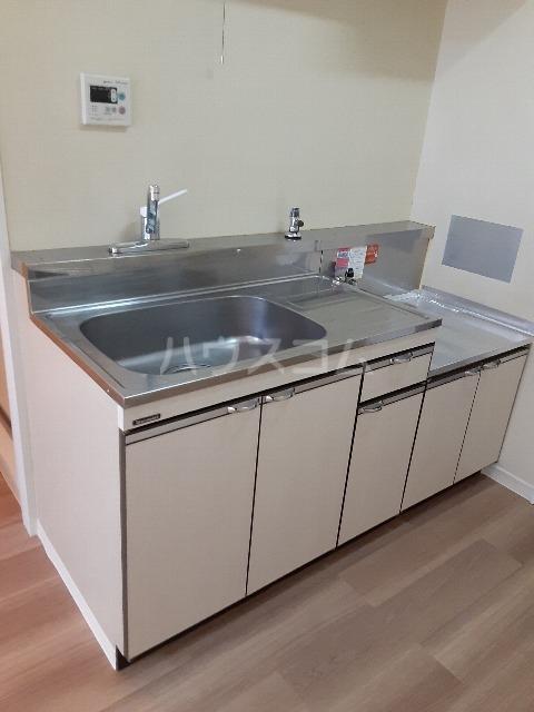 セゾンドカサハラⅠ 207号室のキッチン